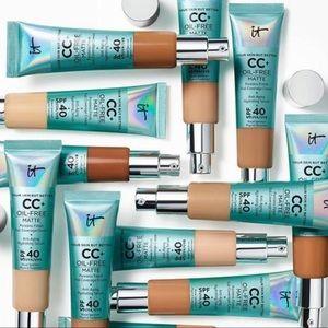 5 It Cosmetics Matte CC Creams